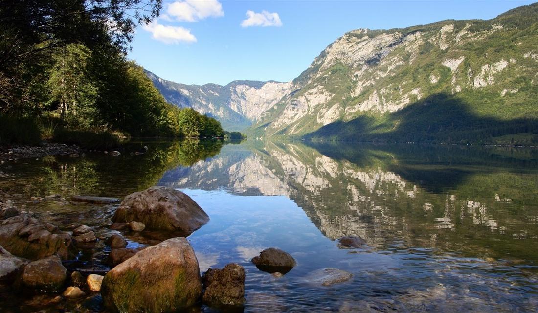 Lake Bohinj 5 beautiful places to visit