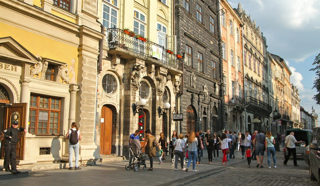 Lviv a little: a weekend in Ukraine's capital of culture, by Mike Unwin : Section 9