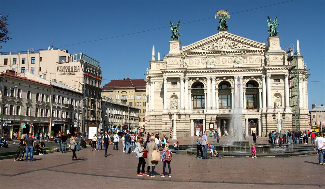 Lviv a little: a weekend in Ukraine's capital of culture, by Mike Unwin : Section 3