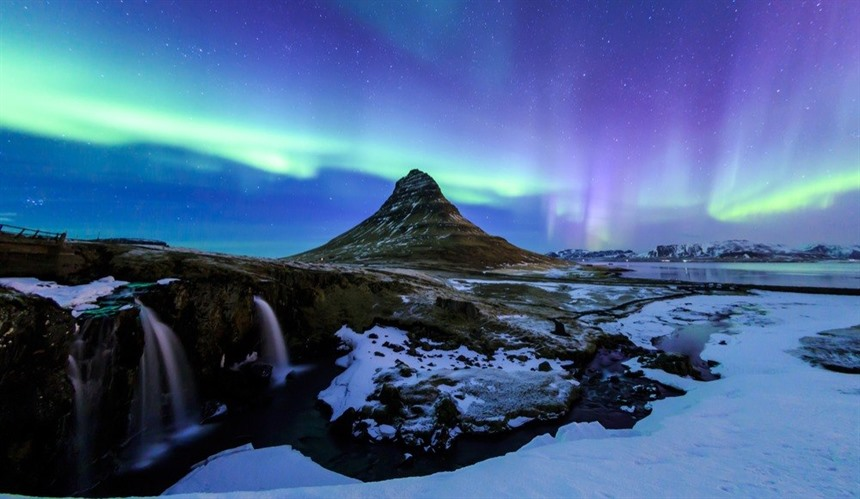 Northern lights myths from around the world : Section 4