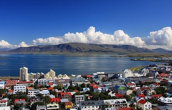Reykjavik: gateway to the new world : Section 2