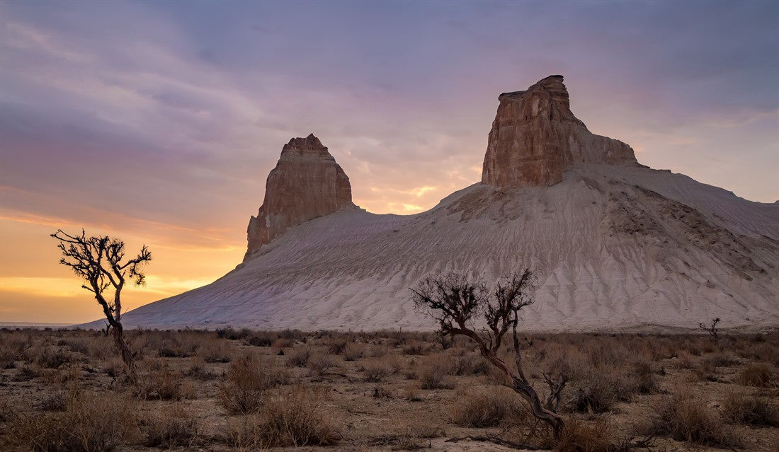 Monument Valley, USA? No, this is the desert canyon of Bozhira near Ustyurt, Kazakhstan