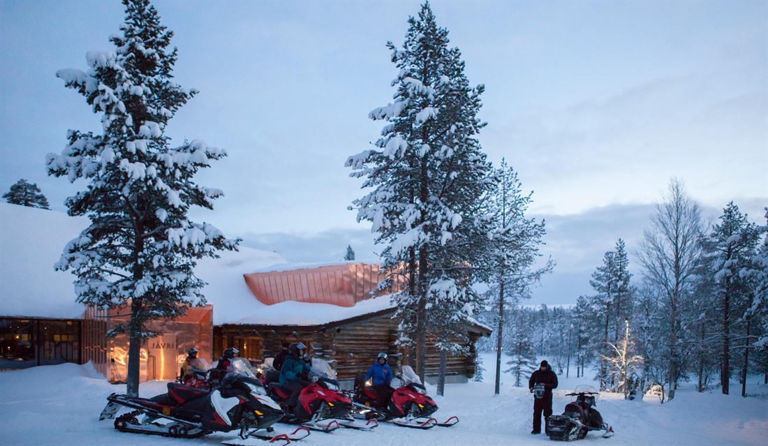 Snowmobiling © Javri Lodge