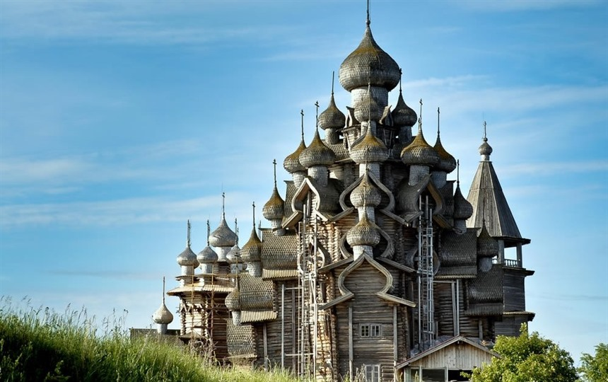 Discover Russia: the incredible wooden buildings of Kizhi island : Section 2