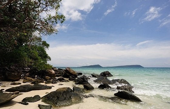 Escape to Cambodia's secret beach retreats : Section 4