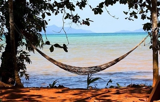 Escape to Cambodia's secret beach retreats : Section 5