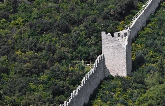 The great wall of... Croatia : Section 4