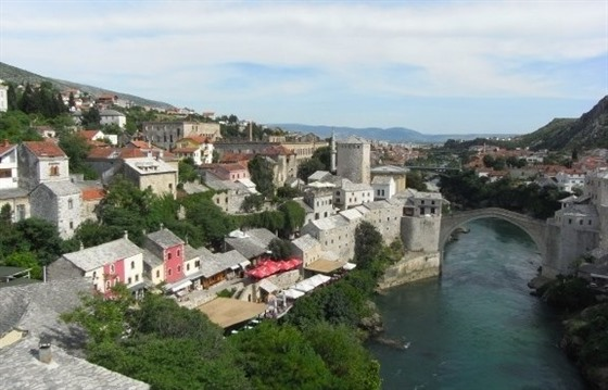 After the war: retracing childhood footsteps in Mostar : Section 5