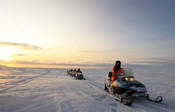 Snowmobiling in Iceland : Section 5