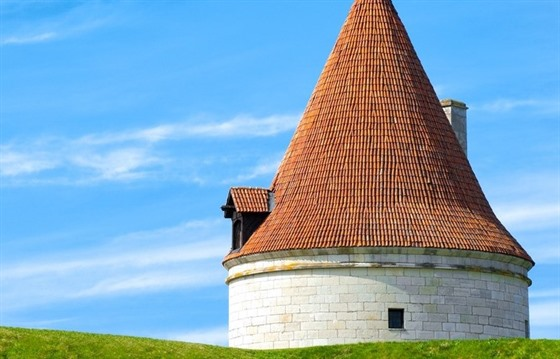 Unveiling Estonia's treasures : Section 4