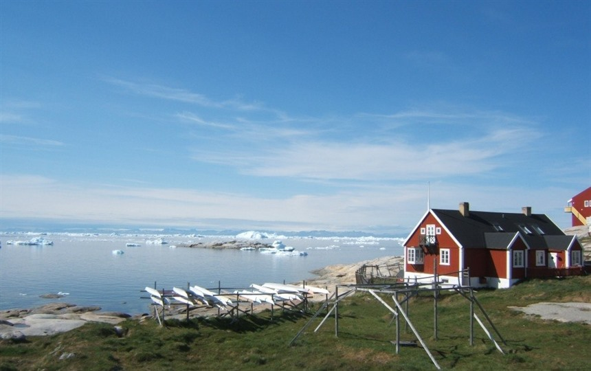 Greenland - on the top of the world : Section 2