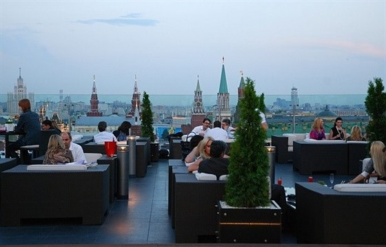 The O2 Lounge at the Ritz-Carlton, Moscow by Mispahn