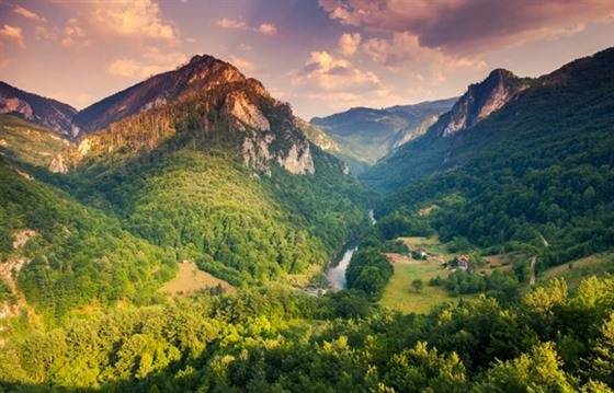 Touring Montenegro's mountainous north : Section 3