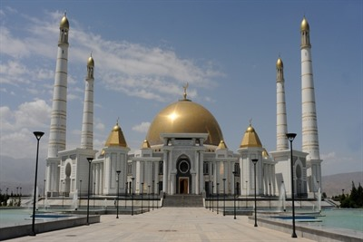 A journey to Turkmenistan - a country of imagination