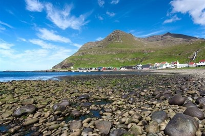 Time to play Faroe (Islands)