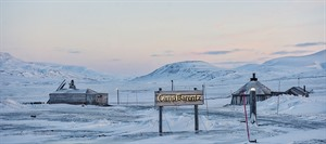 Svalbard Tours - Light Winter Evening