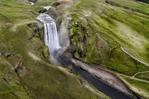 Waterfalls & Valleys Helicopter Tour 2