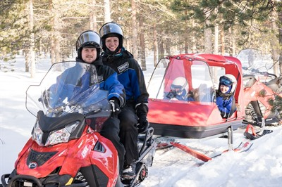 Family snowmobile safari