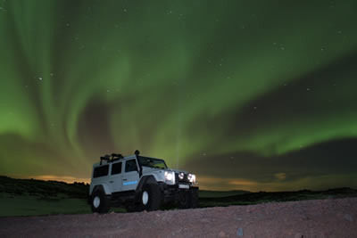 Northern Lights Superjeep Hunt