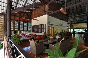Borneo Rainforest Lodge - main lodge