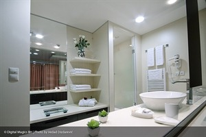 City Boutique Hotel - Bathroom