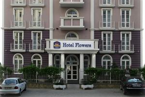 Hotel Flowers- facade