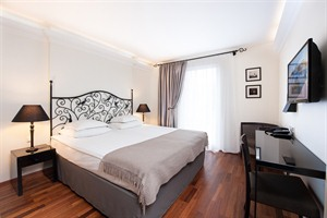 L'Ermitage - Double Room