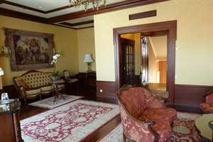 Noble Suite at Nobilis Hotel