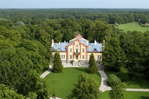 Aerial view of Padaste Manor