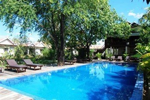 Sambor Village Hotel - swimming pool