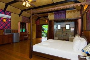 Sepilok Nature Resort - chalet interior