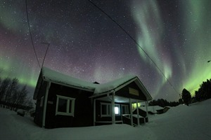Nellim Wilderness Hotel - Arctic Lakeside Villa
