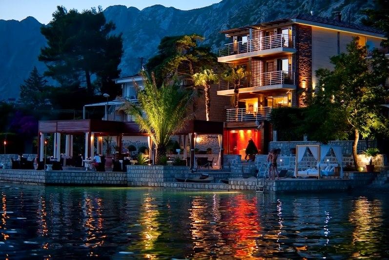 Hotel forza mare kotor regent holidays for Boutique hotel kotor