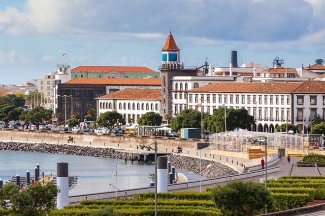 PONTA DELGADA CITY TOUR