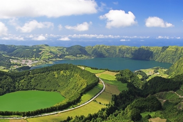Sete Citades and west Sao Miguel Jeep Tour