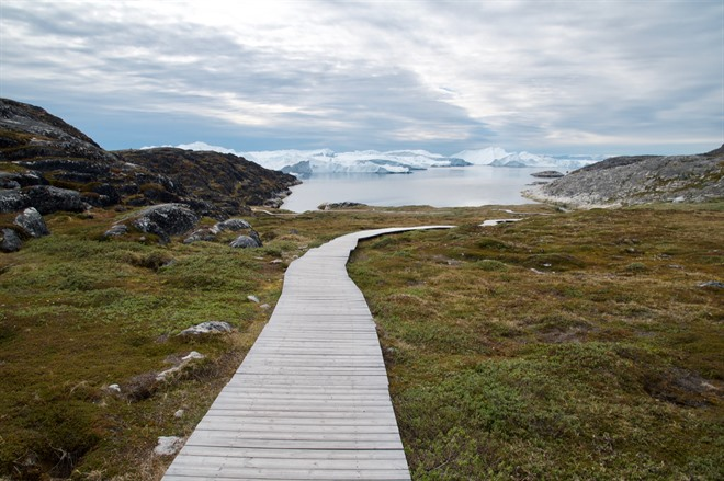 HIKE to SERMERMIUT