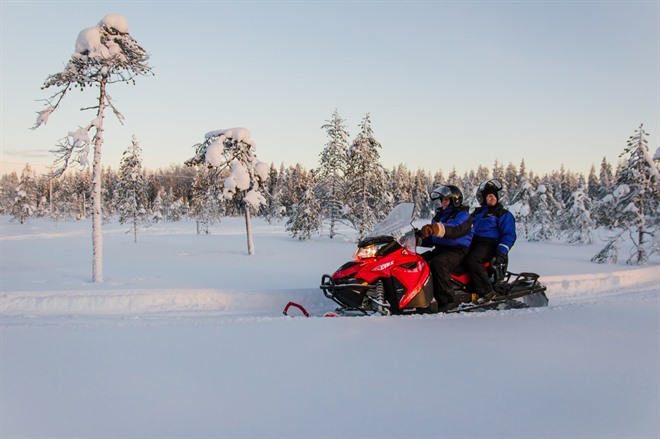 SNOWMOBILING & NORTHERN LIGHTS