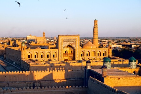 BUKHARA, THE MAUSOLEUM OF THE SAMANID