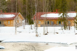 Accommodation at the Arctic Riverside Lodge