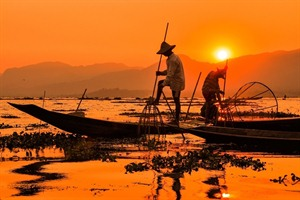 Fishermen on Inle Lake