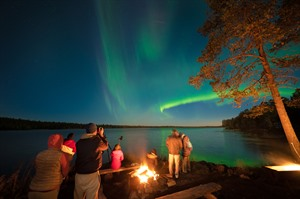Glamping under the Autumn Auroras 6