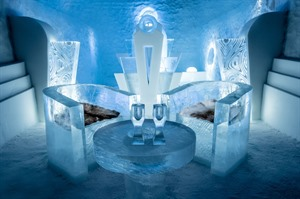 Ice Art at Icehotel © Asaf Kliger, ICEHOTEL