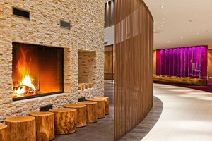 Radisson Blu Bukovel - lobby bar