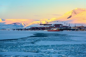 Spitsbergen Light Winter Break 1