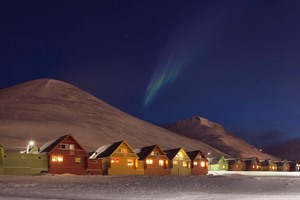 Longyearbyen under the polar night