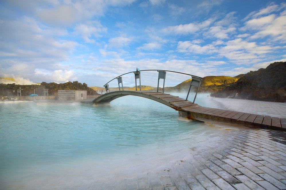 Book iceland tours south iceland winter break for Blue lagoon iceland accommodation