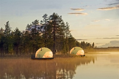 Glamping Adventures under the Midnight Sun