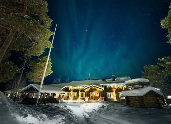 See the Northern Lights at the Hotel Wilderness Nellim